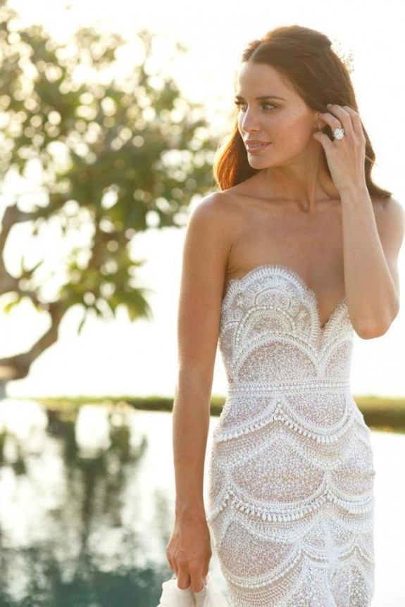 Pearl Fashion Amazing 50 000 Wedding Dress With Pearls