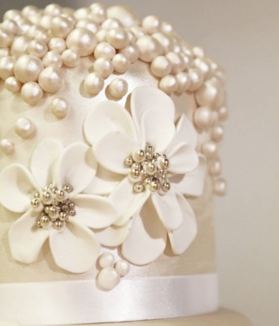 Pearl Inspiration Pearl Wedding Cakes Pearls Only