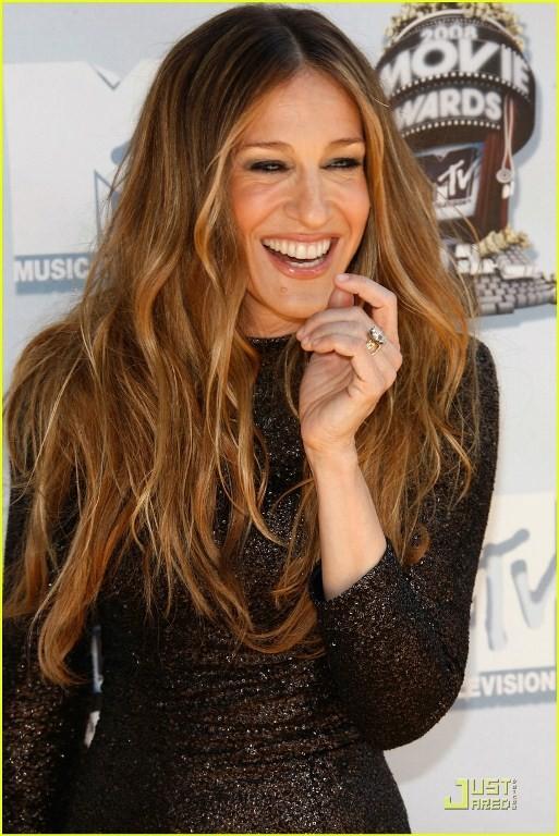 Popular-Sarah-Jessica-Parker-Hairstyles9