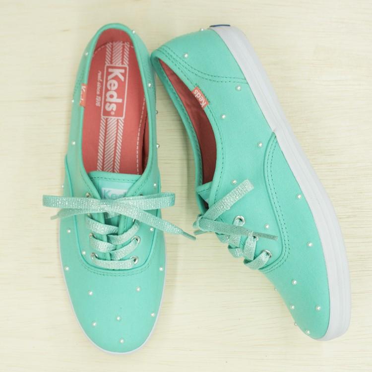 pearl-sneakers-diy