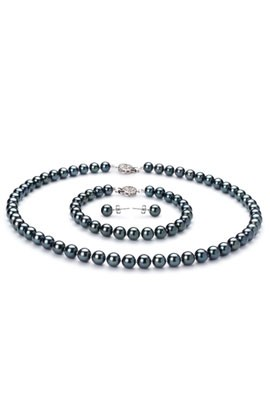 Japanese-set-of-black-Akoya-pearls