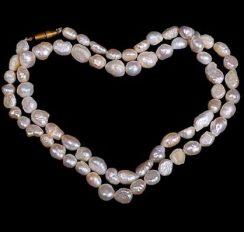 Baroque-Pearl-Necklace-e1465376251996