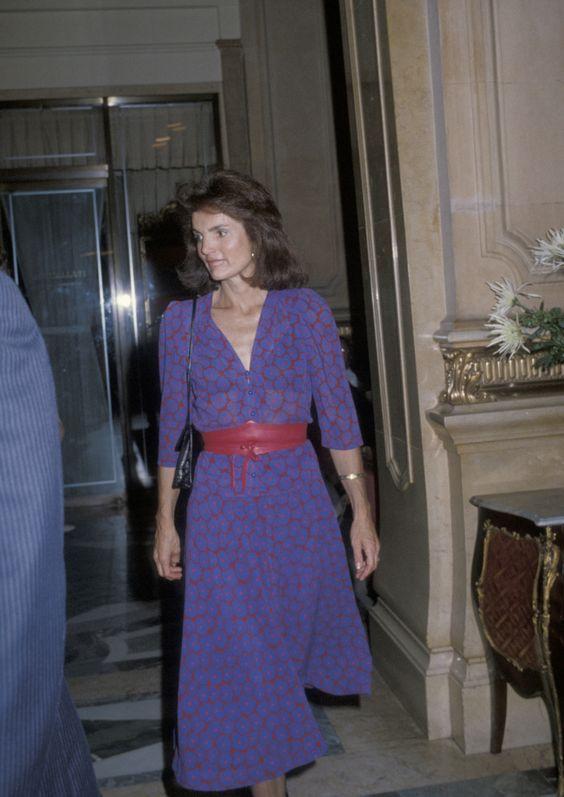 Jackie Kennedy Dresses: How To Dress And Wear Pearls Like Jackie O. Kennedy