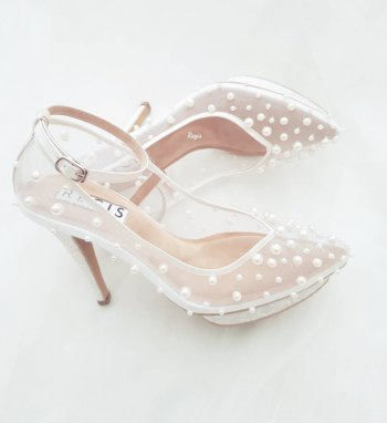 dc9e2b065404 Beautiful Pearl Wedding Shoes   7 Tips On How To Pick The Perfect Pair