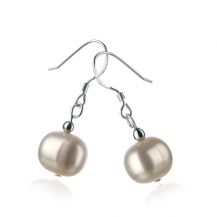 8-9mm A Quality Freshwater Cultured Pearl Earring Pair in Teresa White