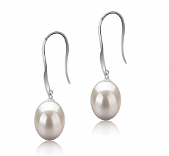 9-10mm AAA Quality Freshwater Cultured Pearl Earring Pair in Bernice White