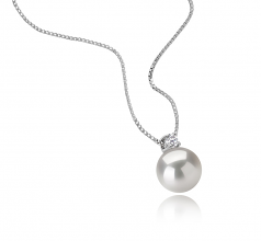 9-10mm AAAA Quality Freshwater Cultured Pearl Pendant in Eternity White