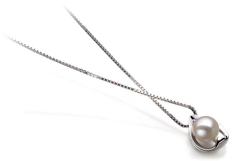 6-7mm AAAA Quality Freshwater Cultured Pearl Pendant in Amanda White