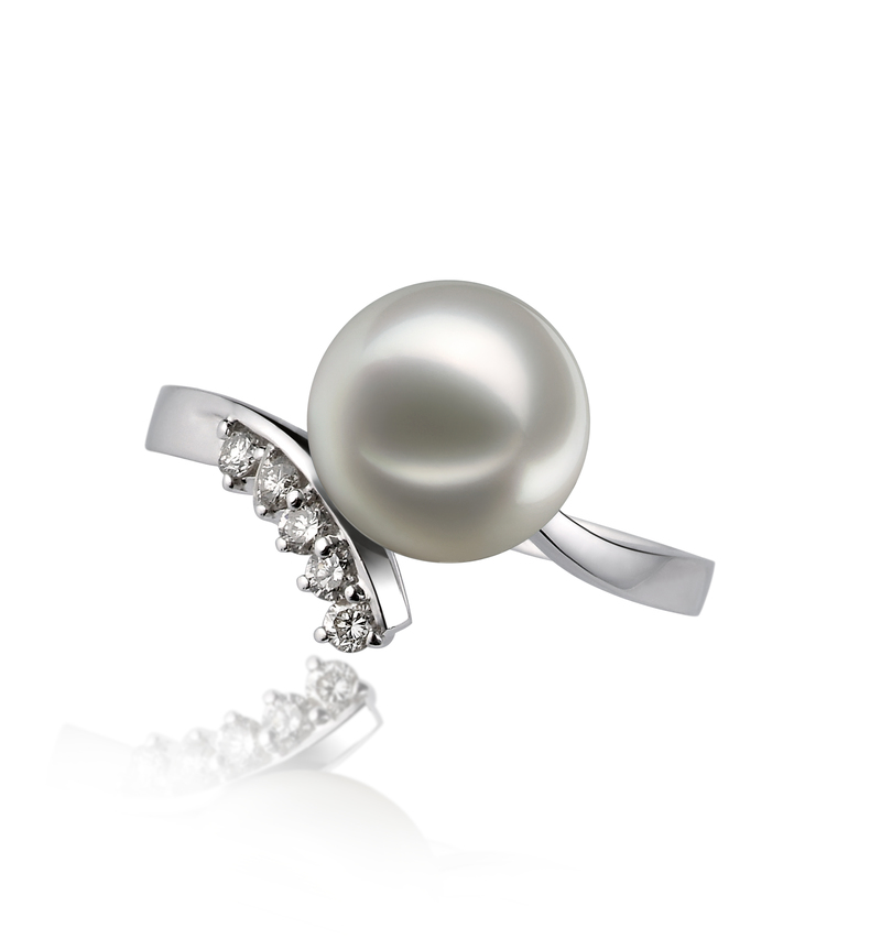 PearlsOnly - Grace White 8-9mm AA Quality Japanese Akoya 14K White Gold Cultured Pearl Ring
