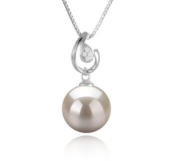 10-11mm AAAA Quality Freshwater Cultured Pearl Pendant in Femke White