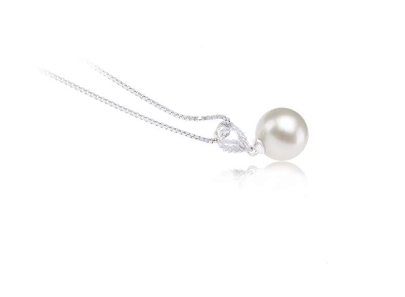 9-10mm AAAA Quality Freshwater Cultured Pearl Pendant in Karen White - #3